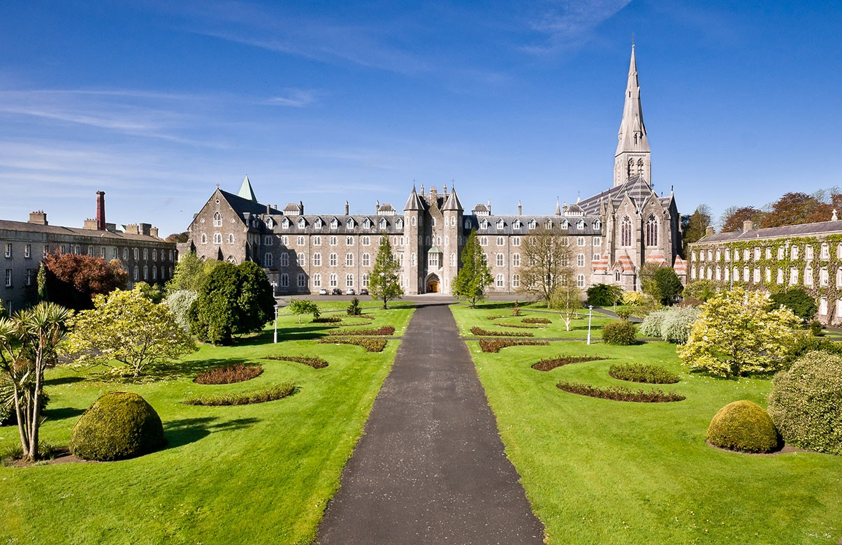 Online Chat & Dating in Maynooth | Meet Men & Women in